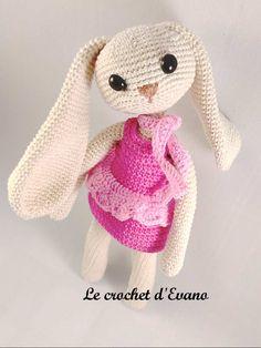 Mesmerizing Crochet an Amigurumi Rabbit Ideas. Lovely Crochet an Amigurumi Rabbit Ideas. Amigurumi Tutorial, Crochet Amigurumi Free Patterns, Crochet Blanket Patterns, Free Crochet, Crochet Gifts, Crochet Toys, Crochet Pouch, Beginner Crochet Tutorial, Crochet Daisy
