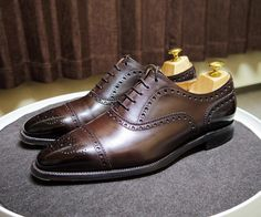 Scotch Grain 50周年モデルつま先を濃くして履いてますこの靴は値段を考えると本当に良い革を使ってる #scotchgrain #shoes #mensshoes #shoecare #スコッチグレイン #紳士靴 #革靴 #靴磨き #シューケア #50周年 #50anniversary