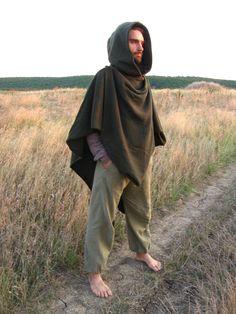 Il Poncho Duellante  Origami. Mantello di lana verde Mens