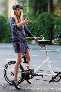 cool outfit Dana Rogoz Every Woman, Bikers, Looking For Women, Baby Strollers, Cool Outfits, Beautiful, Style, Fashion, Baby Prams