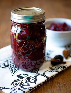 This I rally a cranberry fig chutney —Tangy jam made with fresh cranberries, black mission figs, and plenty of aromatic spices for a change of pace at breakfast. Black Mission Fig, Fig Jam, Dried Figs, How To Make Jam, Jam And Jelly, Turkey Sandwiches, Fresh Cranberries, Canning Recipes, Marmalade