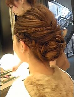 アテナ ATENA 海外セレブ風セット☆彡 Beauty Makeup, Hair Makeup, Hair Beauty, Pretty Hairstyles, Wedding Hairstyles, Safari, Hair Arrange, Hair Setting, Hair Images