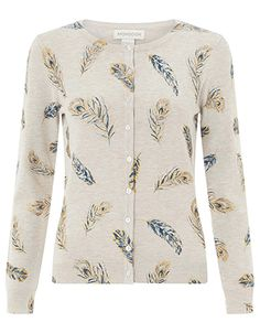 359 Best Capsule travel wardrobe for over 60's images in