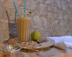 Apfel Zimt Smoothie mit Cashews aus dem #KLARSTEIN #HeraklesBlackTouch #Rezept | Frinis Teststübchen