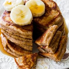 Healthy muffins without lacking flavor or moisture! These delicious whole wheat banana nut muffins are made without refined sugar. Banana Nut Muffins, Oatmeal Pancakes, Banana Pancakes, Pancakes And Waffles, Whole Wheat Waffles, Whole Wheat Banana Bread, Whole Wheat Pizza, No Dairy Recipes, Healthy Recipes