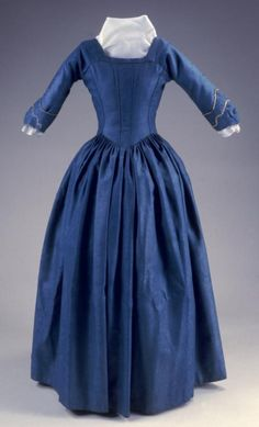 Open robe à l'anglaise 1785 (Let me know if you know the source for this!) Here's a robe à l'anglaise, which has a form-fitting back instead of the panels of fabric distinctive of the française. This anglaise is also referred to as en fourreau,...