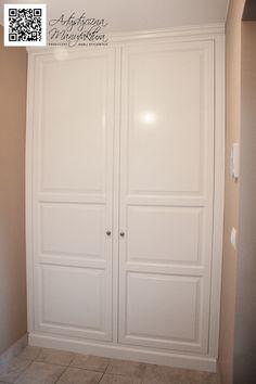 szafa wnękowa styl angielski, built in wardrobe, classic style hall closet, Bespoke fitted wardrobe  - wykonanie by Artystyczna Manufaktura