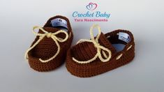 Mocassim JOSÉ EDUARDO de Crochê – Tamanho 09 cm – Crochet Baby Yara Nasc… – Knitting patterns, knitting designs, knitting for beginners. Crochet Baby Booties, Crochet Shoes, Crochet Slippers, Crochet Baby Blanket Beginner, Baby Knitting, Knitting Hats, Knitting Designs, Knitting Patterns, Bernat Baby Yarn