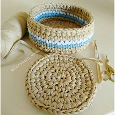 Handmade basket with lid