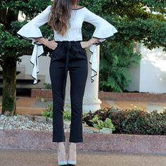 ¡Nuevo post!  http://www.letterstolucia.com/blog/2017/11/13/detalles-pequenos-look/  #LetterstoLucia #Lucilooks #fashion #style #outfit #blogger