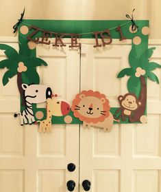 Best 25 Photo Booths Ideas On Jungle Theme Parties Safari Party