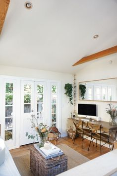Gravity Home — Tiny Venice canal cottage | photos by Whitney...