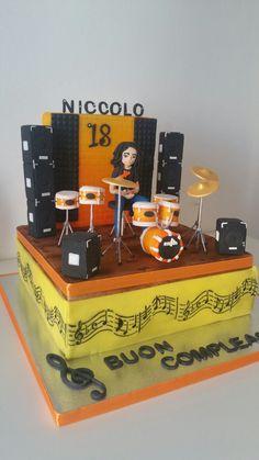 Musician cake,battery player cake, torta batterista