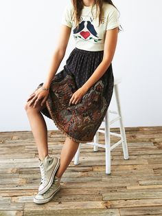 vintage 1980s printed skirt vintage 80s quilted midi skirt with a statement print and
