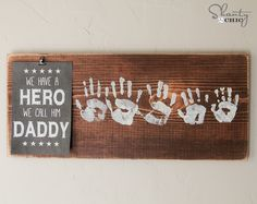 Homemade Gifts Great DIY gift for Father's Day. A personal Father's Day gift for the s … Homemade Fathers Day Gifts, Diy Father's Day Gifts, Father's Day Diy, Fathers Day Crafts, Daddy Gifts, Happy Fathers Day, Gifts For Father, Homemade Gifts, Craft Gifts