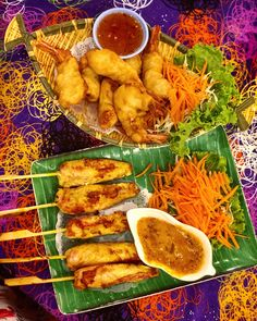 Chicken satay and shrimps, in Phuket Chicken Satay, Tandoori Chicken, Phuket, Shrimp, Meat, Lifestyle, Ethnic Recipes, Food, Beef