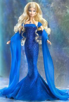 barbie robe longue bleue.