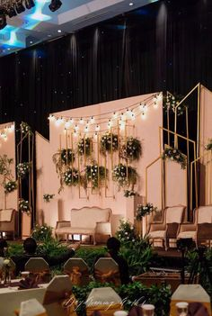 The most ideal modern, industrial and asymmetric mixed in gold meets Edison … - Wedding Ideas Reception Stage Decor, Wedding Backdrop Design, Rustic Wedding Backdrops, Wedding Reception Backdrop, Wedding Stage Decorations, Wedding Mandap, Backdrop Decorations, Wedding Ideas, Wedding Receptions