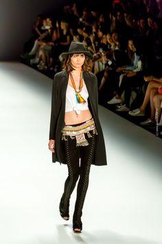 DIMITRI - Fashionshow - Mercedes Benz Fashionweek in Berlin - in