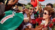 CULTURA,   ESPORTE   E   POLÍTICA: Guardian: Dilma saiu, mas a crise política brasile...