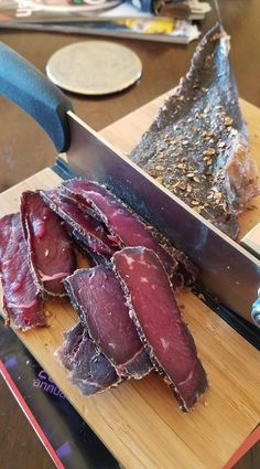 Over the years many people have in inquired about the perfect biltong recipe. Truth be told, there is no perfect biltong recipe. Everyone's tastes differ and there are many different biltong recipes and styles of biltong making. Now many of … Continued Biltong Recipe Dehydrator, Dehydrator Recipes, Sausage Recipes, Meat Recipes, Cooking Recipes, Salami Recipes, Jerky Recipes, Banting Recipes, Recipies