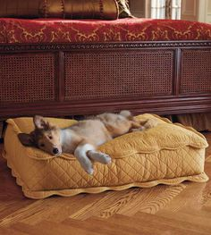 Our beautifully stitched Brocade Pet Bed provides plush comfort for your pet while adding charming elegance to any room.