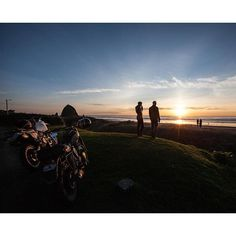 Best of memoirs 2015 2015 wasn't just about the bikes. It was about the beautiful places that our bikes took us to. Cannon Beach with: @matthewjonesphoto, @jasonpaulmichaels, @leticiacline, @croig.co, @cb_builds, @frankiebowmanmotorcycles @william_benedict . #caferacer #caferacersofinstagram #cannonbeach #oregon #sunset #adventure  Iconosquare – Instagram webviewer