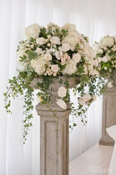 New wedding table flowers eucalyptus floral arrangements Ideas Boquette Wedding, Wedding Ceremony Flowers, Wedding Table, Floral Wedding, Wedding Bouquets, Green Wedding, Wedding Pillars, Flower Bouquets, Trendy Wedding