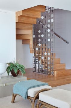 Top 10 Unique Modern Staircase Design Ideas for Your Dream House Stair Railing Design, Home Stairs Design, Staircase Railings, Interior Stairs, Home Interior Design, House Design, Room Partition Designs, Modern Stairs, Contemporary Stairs