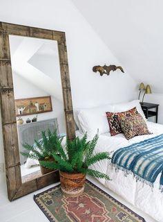 Refined Boho Chic Bedroom Design Ideas – Home Interior and Design Bohemian Bedroom Decor, Home Decor Bedroom, Mirror Bedroom, Modern Bedroom, Bedroom Furniture, Furniture Plans, Kids Furniture, Modern Bohemian Bedrooms, Furniture Chairs