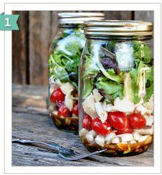mason jar salads, great lunch idea!