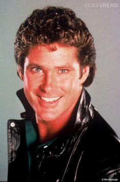 """David Hasselhoff, héros de """"K2000"""" mais surtout de notre enfance. K 2000, 80 Tv Shows, 80s Tv, David, Handsome Actors, Good Looking Men, Party Themes, Knight, How To Look Better"""