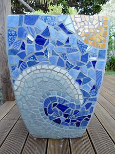 Best Ideas About Mosaic Pots On Mosaic Flower Pots Cool . Mosaic Planters, Mosaic Garden Art, Mosaic Tile Art, Mosaic Vase, Mosaic Flower Pots, Mosaic Crafts, Mosaic Projects, Pebble Mosaic, Blue Mosaic