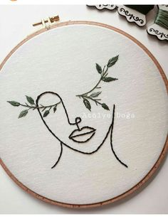 Simple Embroidery Designs, Embroidery On Clothes, Embroidery Flowers Pattern, Modern Embroidery, Hand Embroidery Patterns, Embroidery Kits, Cross Stitch Embroidery, Punch Needle Patterns, Crewel Embroidery