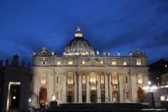 Rom - Petersdom bei Nacht