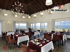 En el HOTEL SOBERANO CHIHUAHUA, les ofrecemos a nuestros huéspedes habitaciones de lujo y master suites, todas elegantemente decoradas y equipadas con aire acondicionado, servicio de internet, TV's Led. Además contamos con alberca, canchas de tenis y raquetbol, gimnasio, restaurantes y bares. Comuníquese con nosotros al teléfono 01(800)7114099 o consulte nuestra página web www.hotelsoberano.com  #ah-chihuahua