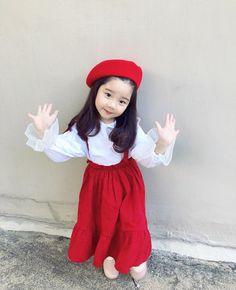 ❤️ Pinterest: Hayul ❤ Cute Asian Babies, Korean Babies, Asian Kids, Cute Babies, Kids Outfits Girls, Cute Outfits For Kids, Cute Kids, Kids Dress Wear, Baby Dress
