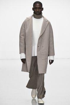 Agi & Sam Fall 2016 Menswear Fashion Show Mens Fashion Week, Look Fashion, Fashion Show, Feminine Fashion, Fall Winter 2016, Mens Trends, Menswear Trends, 2016 Trends, Vogue Men
