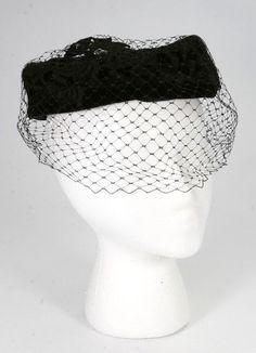 4a306cc8b7f Details about Vintage 1950 s-60 s Fancy Church Black Velvet Pill Box Hat  Black Netting