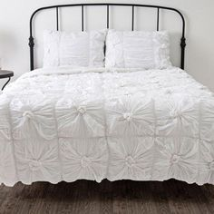 I+pinned+this+Day+Dream+Comforter+Set+from+the+Breezy+Bedroom+event+at+Joss+and+Main!
