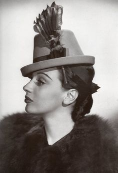 They knew how it's done in the 40's #vintage #millinery #fashion