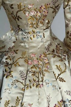"SilkDamask : ""My Party Dress:"" Mrs. Eddy Visits the House of Pingat, 1878"