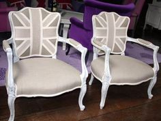 Love these chairs, I can't believe that I really love them, nothing like my usual mid-century modern.........