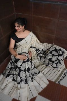 *Beautiful Handloom Linen Chanderi Sarees With Kalamkari Prints Along WiTh Running Blouse* *Singles @ Rs. 799 If you need Gst bill then extra pay