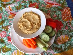 Big Batch Freezer-Friendly Hummus | recipe from Pretty Kitten's Kitchen