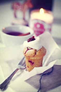 Miss Small - my daily life: cranberry muffins - love the shape