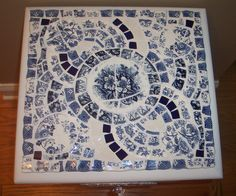 Blue and White Mosaic Table Top by Uniquely Chic Mosaics. Mosaic Tray, Mosaic Glass, Mosaic Tiles, Stained Glass, Mosaic Pots, Tile Art, Mosaic Crafts, Mosaic Projects, Mosaic Designs