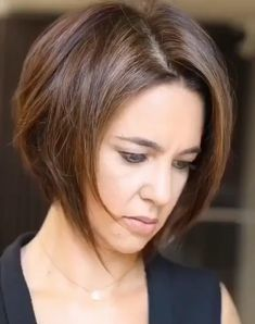 "Classy Short Bob Hairstyles Ideas To Finish This Year With Style - Short Bob Hairstyle Ideas: Looking for the hot short hairstyles for You do not have look too far. While long hair is beautiful, short hair is ""i. Short Bob Haircuts, Cute Hairstyles For Short Hair, Hairstyles Haircuts, Ciara Hairstyles, Asian Bob Haircut, Bob Hairstyles For Thick, Teenage Hairstyles, Fringe Hairstyles, Ponytail Hairstyles"