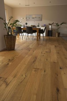 Plank Camino Oak - Plank Camino Oak Informations About Landhausdiele Eiche Camino Pin You can easily use my pro - Wood Parquet, Wooden Flooring, Hardwood Floors, Home Improvement Loans, Wood Doors, Home Renovation, Plank, Sweet Home, Interior Design