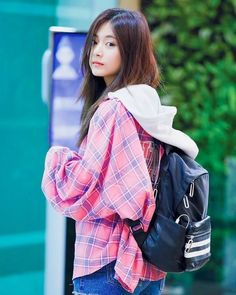 Chou Tzu-yu (born June known mononymously as Tzuyu , is a Taiwanese singer based in South Korea and a member of the K-pop . Cute Asian Girls, Beautiful Asian Girls, Cute Girls, Kpop Girl Groups, Korean Girl Groups, Kpop Girls, K Pop, Tzuyu Body, Twice Tzuyu
